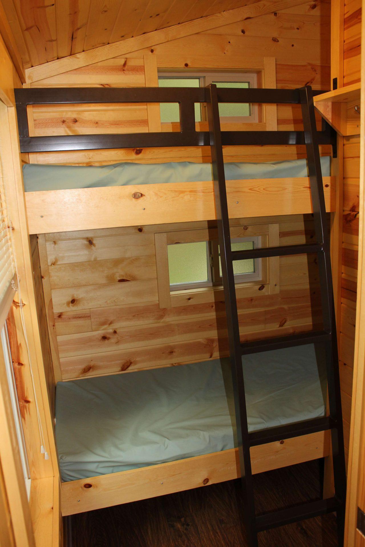cabin bunk beds